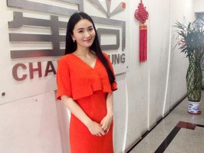 杨乐 上海星尚电视台著名主持人